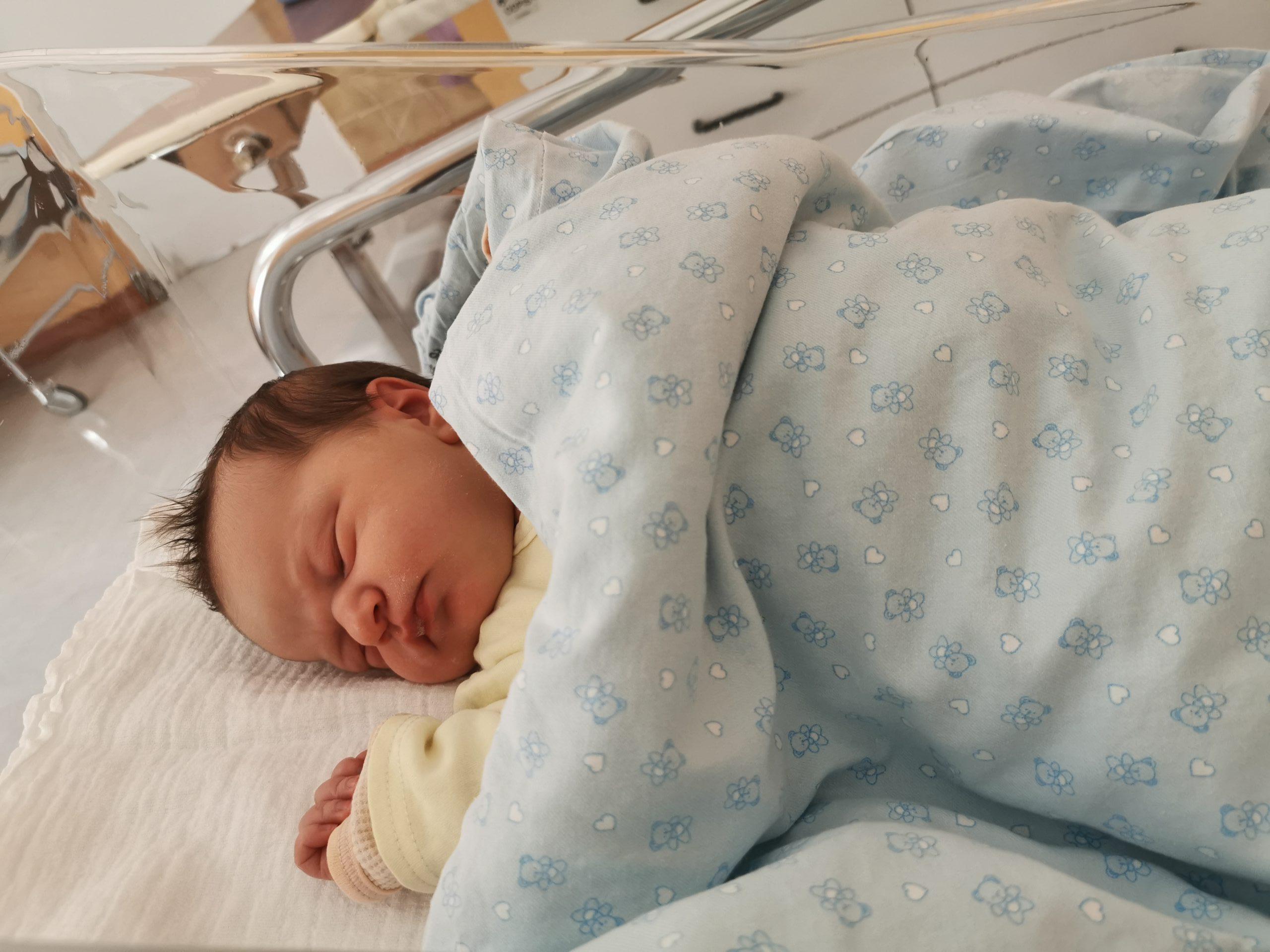 Moja porodna zgodba 2. del – rojstvo Tiane (april 2020)